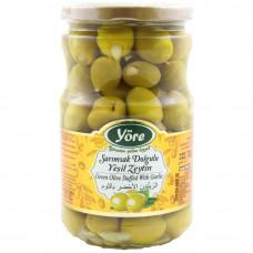 Оливки фаршированные с чесноком 700 гр калибровка Чемпион (161-180 шт/кг) YORE стеклянная банка